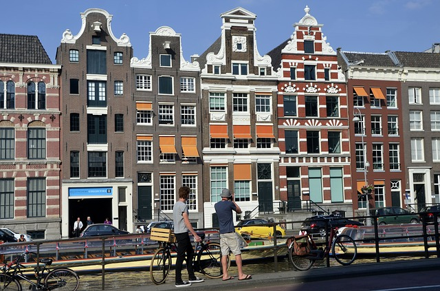 Vacation Escapes – The Dutch Way in Amsterdam